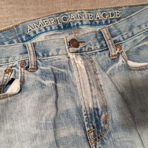 American Eagle Light Jeans (with holes) 33/32